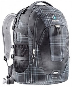 Deuter	Daypacks Giga,	black check (распродано) - фото 5443